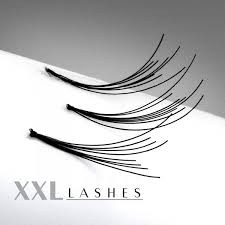 200 Flare Lashes with knot in affordable refill bags in the lengths 6—15 mm 10 mm