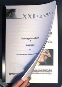 Trainings-Handbuch - ungherese, stampato su carta