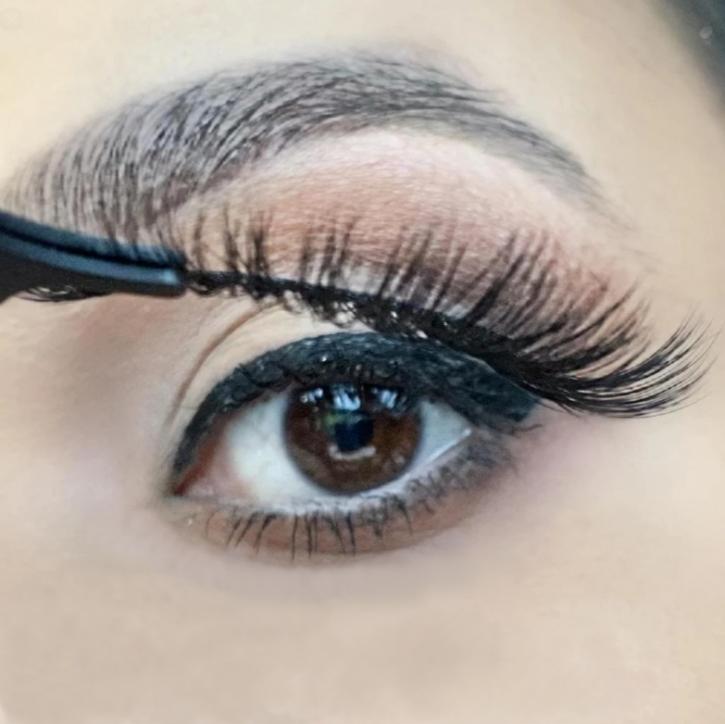 ❤ Kit penna per eyeliner adesivo magico, combina entrambi: eyeliner e colla per ciglia in un unico prodotto