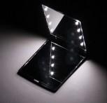Specchietto di alta qualità con luce a LED incorporata